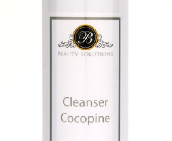 Dung dịch rửa mặt đẹp da Cocopine Cleanser